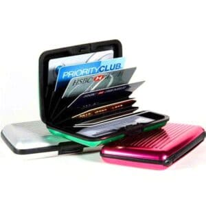 rfid blocking case opened with credit cards showing